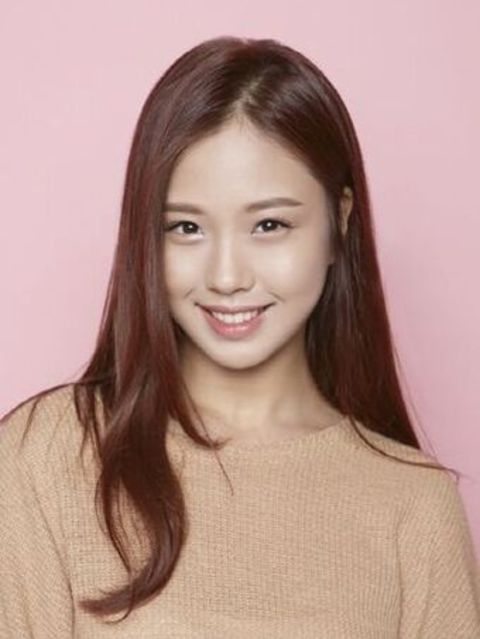 Go Min-si is one of the new actors in Korean Drama gaining popularity.