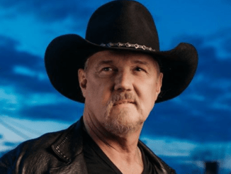 Trace Adkins Wiki 2020: Wife, Divorce, Children, Family, Height, Net Worth, Songs, Movies