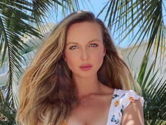 Lucia Oskerova posing for a photo