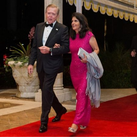 The celebrity duo walking down the red carpet