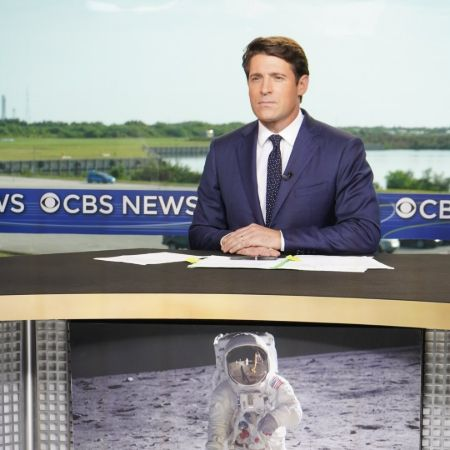 Tony Dokoupil working as a reporter at CBS News.